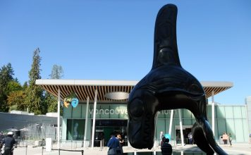 The front of Vancouver Aquarium, British Columbia; Photo by ©Pacific Walkers